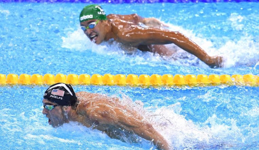 glancingat mike phelps.jpg